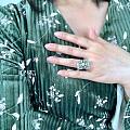 今天穿了条绿裙子~