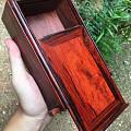 大家帮我看看这个小叶紫檀的盒子怎么样