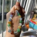一串成长中的彩珠