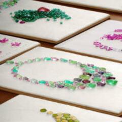 安娜和她的珠宝