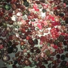 尖晶石的收藏