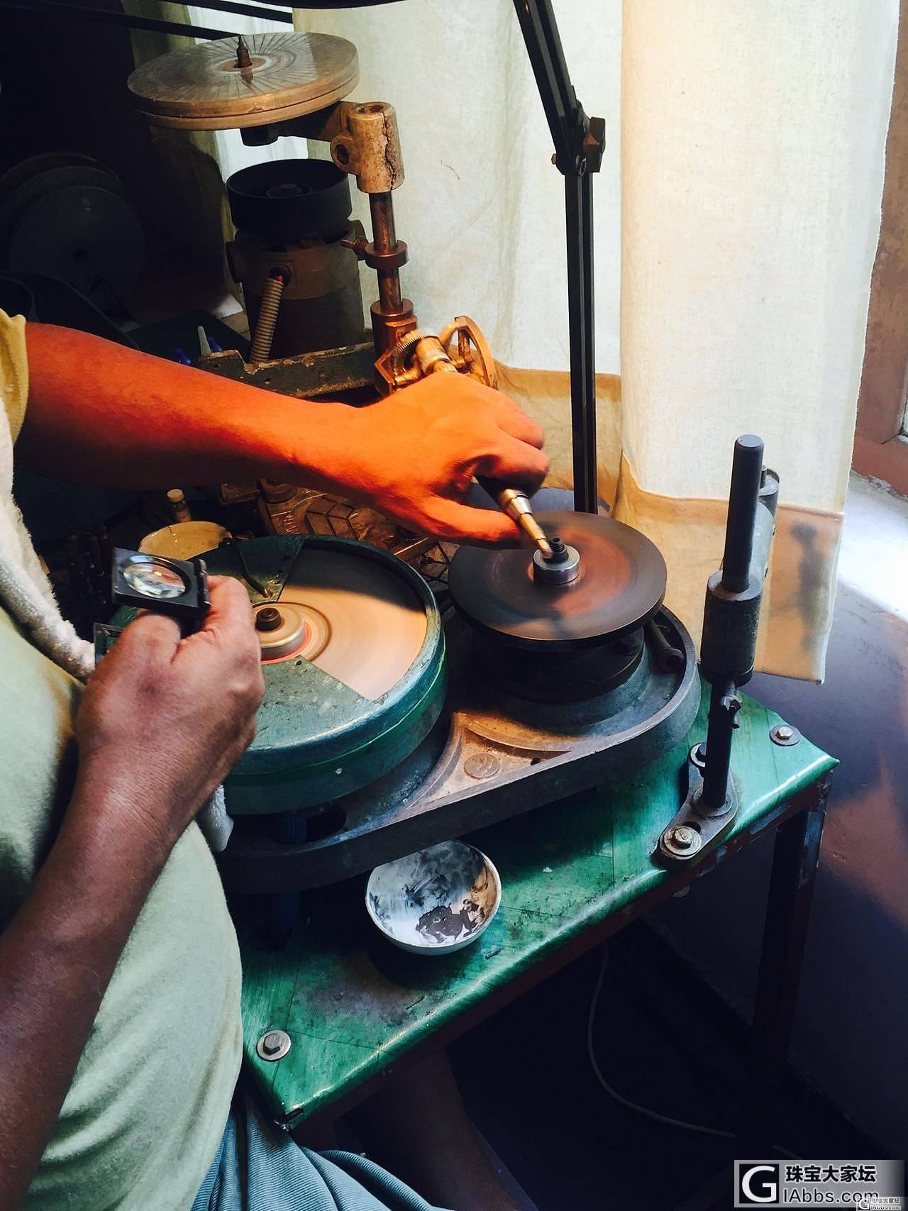 在斯里兰卡的艰辛 ~做宝石不容易_名贵宝石