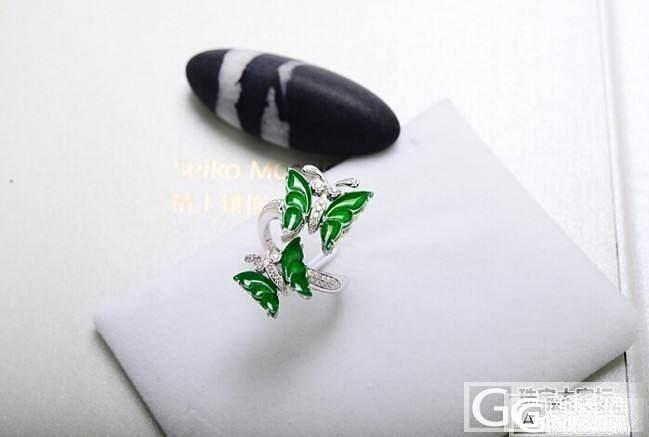 【小金匠】18K金镶钻翡翠蝴蝶戒指,寓意比翼双飞_毛衣链