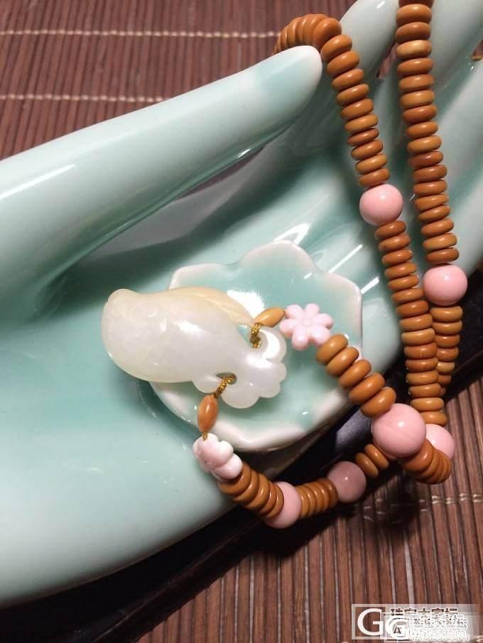 出游归来,转一些南红、绿松石、和田玉等饰品吧~_传统玉石