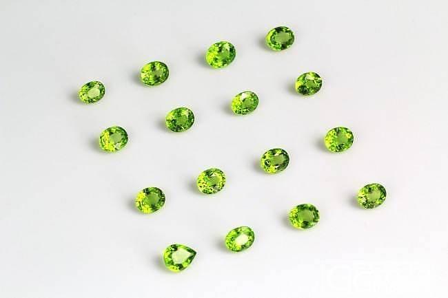 [达喜图]  今天上了两个精品好东东,橄榄石和欧泊石_珠宝