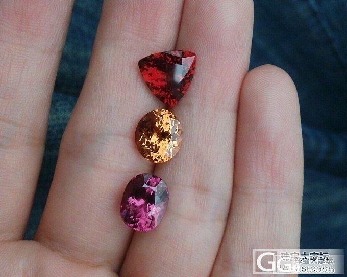 三颗非典型石榴石_石榴石刻面宝石