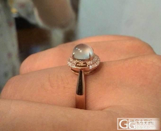 全新白蛋戒指,强荧光,18k玫瑰金加两圈足反钻。_翡翠