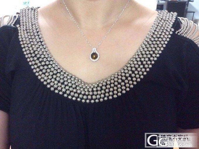 转一个团购来的银镀白金镶嵌的墨西哥蓝绿珀吊坠,11mm+的大珠子~~350米(已出)