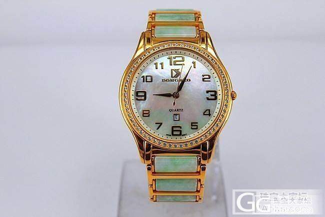 来看看我的翡翠玉石腕表,估价_手表翡翠