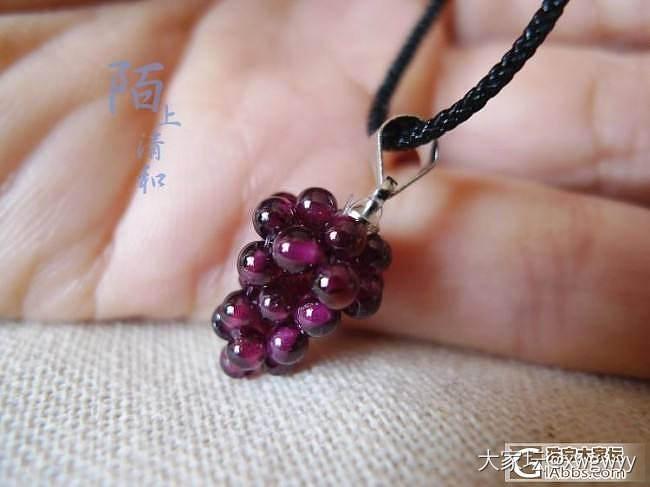 [纯欣赏帖]超美玫红色小珠子手制品~小葡萄、小果实都想咬一口!_石榴石