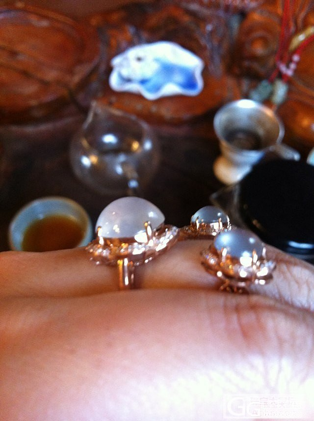 秀一下新做的二个戒指一付耳钉_耳钉戒指翡翠
