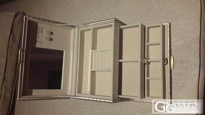 新首饰盒呀 可是没首饰装 哈哈_闲聊