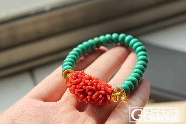 [小熊熊珠宝] 珊瑚毛毛虫手链一条 翡翠凤凰一件_翡翠