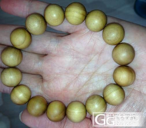 飘在印度的12mm老山檀手串还图了_珠宝