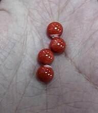 出坑。。转一堆默默玫瑰、耳钉料、大溪地黑珠子链、花白蜜蜡手串等_有机宝石