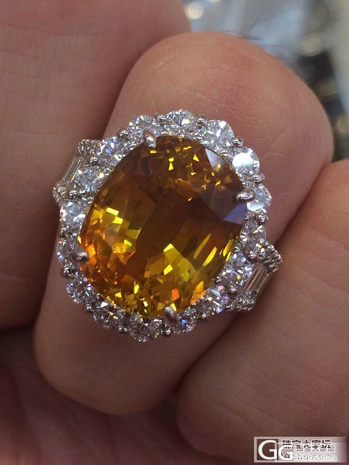 想入手黄色(金色)蓝宝石,请各位大师帮忙看看,谢谢_蓝宝石