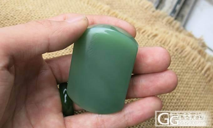 两件俄碧特细苹果绿小精品,好色的来_传统玉石