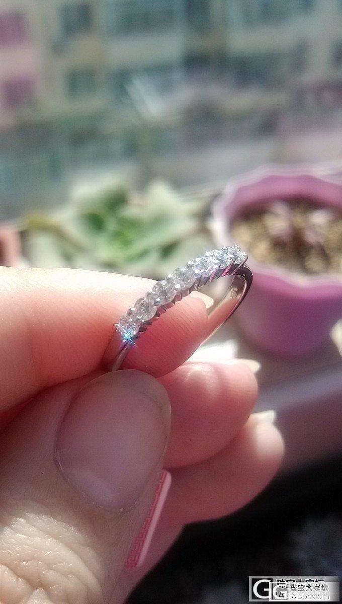 排戒那个款好看,配钻戒带,多大钻合适_钻石