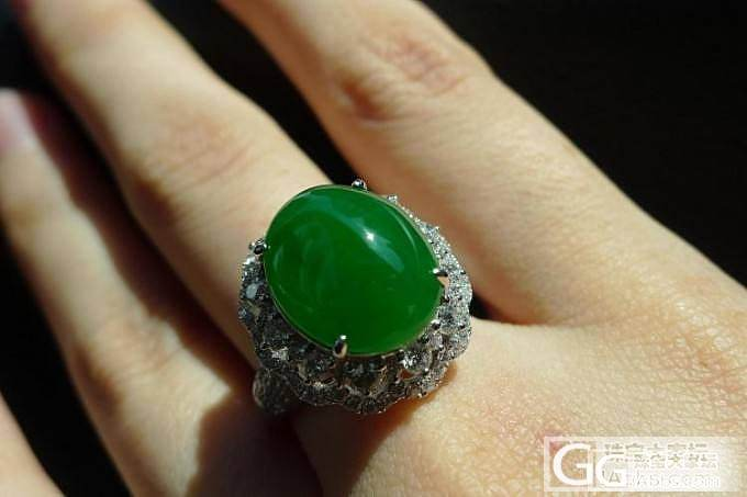 今天很闲,秀一下新回的正阳绿戒指耳钉给大家_翡翠