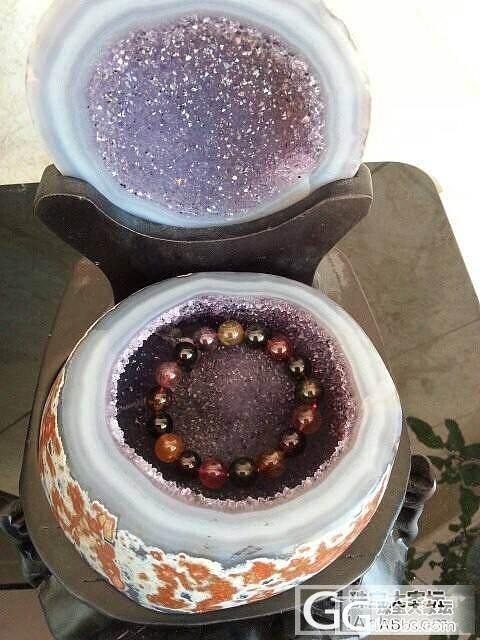 我的红玛瑙皮聚宝盆_洞盆簇