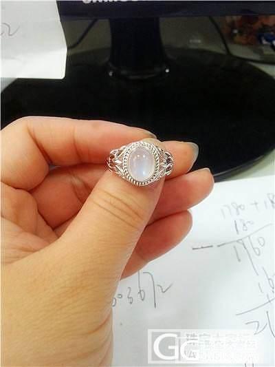 发几枚新入的戒指看看,有闪必还啦!还闪结束!_月光石