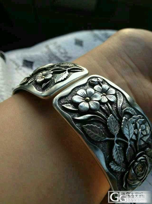 手工雕刻嵌金的银手镯_手镯银