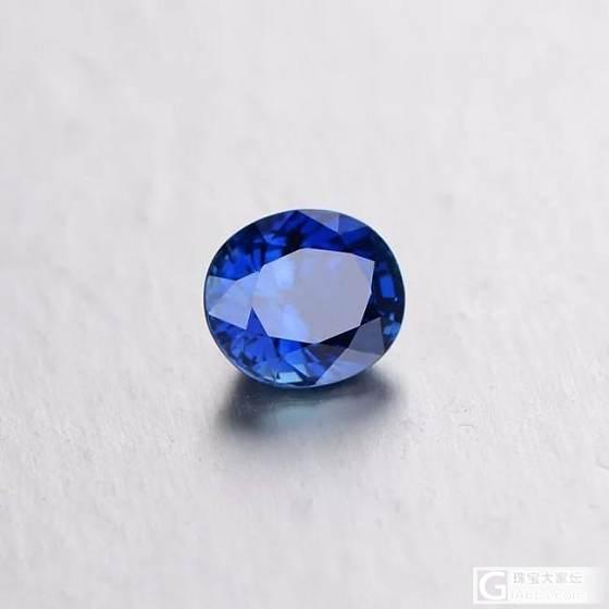 同样大小的两个蓝宝,无烧裸石和成品戒指,该怎么选_蓝宝石