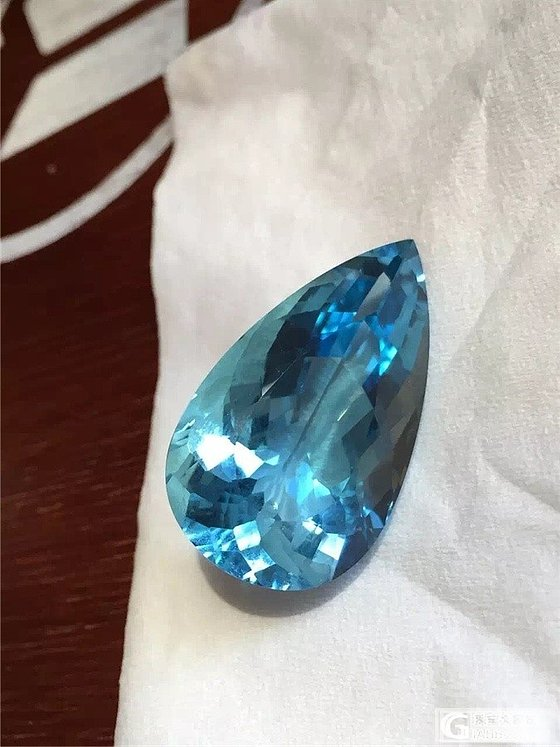 看好海蓝宝的收藏价值,终于入了圣玛利亚色_珠宝
