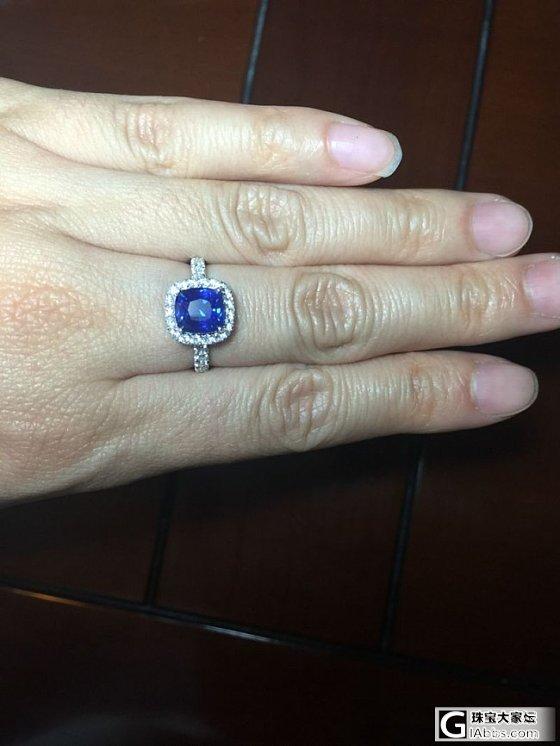 新买的一枚蓝宝戒指_戒指刻面宝石蓝宝石