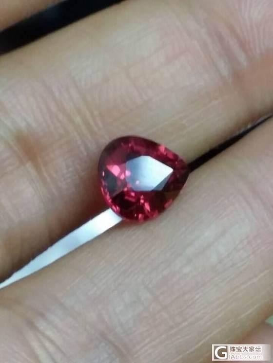 请问各位美女们,尖晶石适合平日佩戴吗?_尖晶石刻面宝石