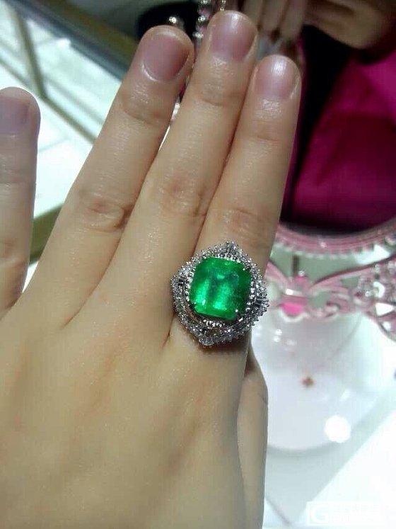 7克拉多的祖母绿,接受它的美,也得接受它的瑕!_珠宝