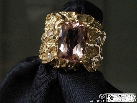 摩根石复古戒指近图已经出来了,请各位欣赏_摩根石刻面宝石