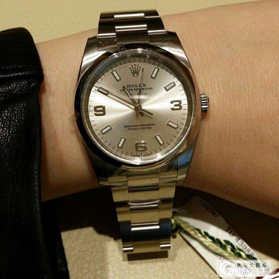 求助,LG快生日了,打算买块表,初定下图的Rolex,大家帮看看型号啥的_劳力士