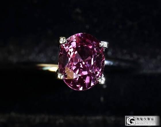 超级美艳的一颗粉蓝宝_宝石