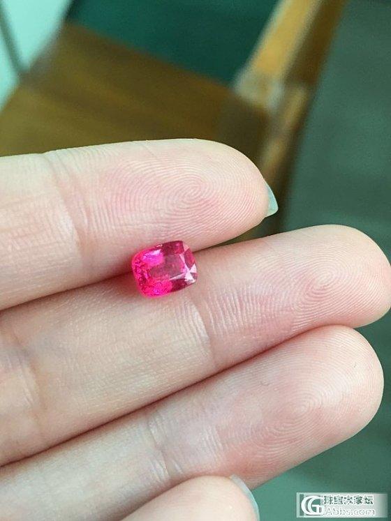 尖晶色标对比,鸽血红霓虹粉,尖晶红宝傻傻的分不清楚_尖晶石刻面宝石