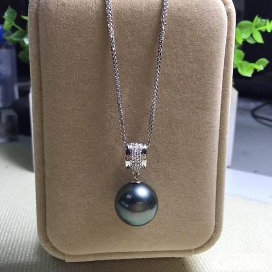 天然黑珍珠。我的最爱。。_珍珠