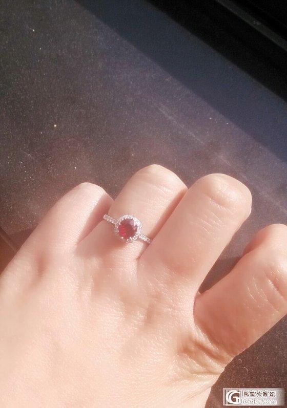 鸽血红宝小戒指_红宝石