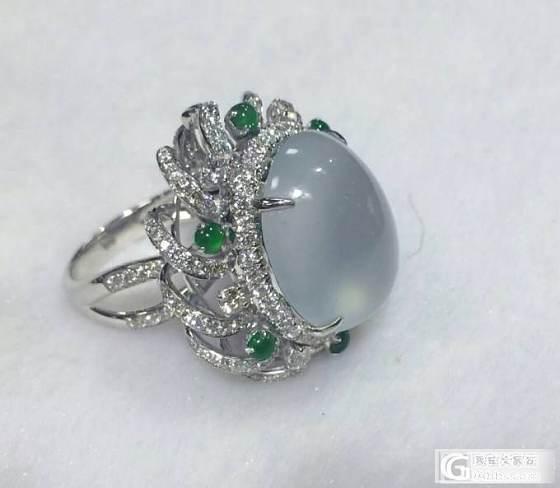 18K金镶翡翠戒指,白冰起荧光_珠宝