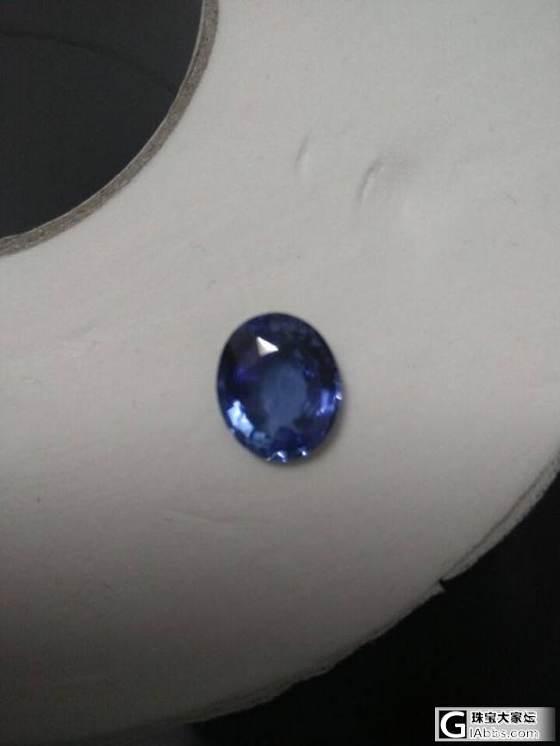 去兰卡拿了一个宝石,一个朋友家里,求大家帮看一下大概价格区间。_名贵宝石