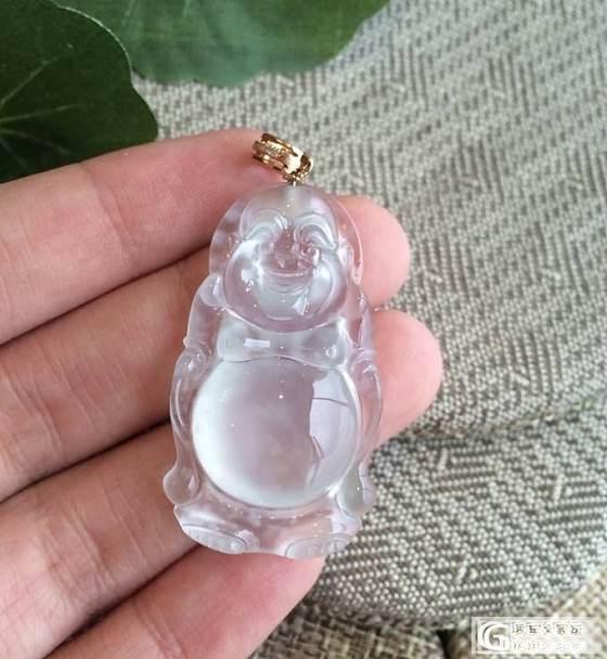 纯净可爱的雪花棉玻璃佛_翡翠