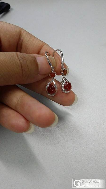 还图晴水葫芦戒指、晴水鱼锁骨链和红翡耳环_翡翠