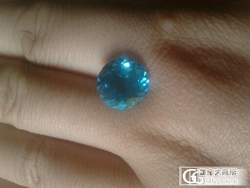 大家看下是巴西海蓝宝么,是蓝宝石吧_宝石刻面宝石