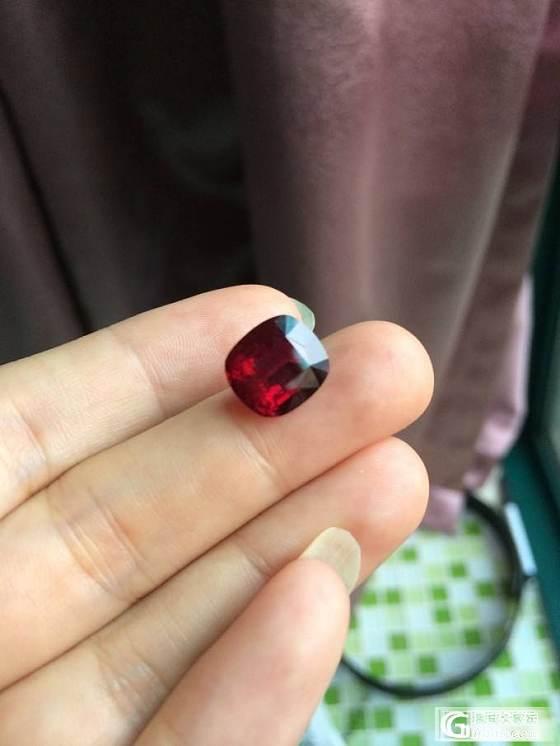 新手,大家帮我看看这颗红碧玺_宝石刻面宝石