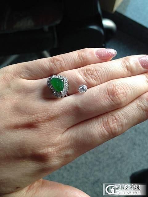 结婚纪念加双节迟到的礼物,闪爆啦_翡翠戒指钻石