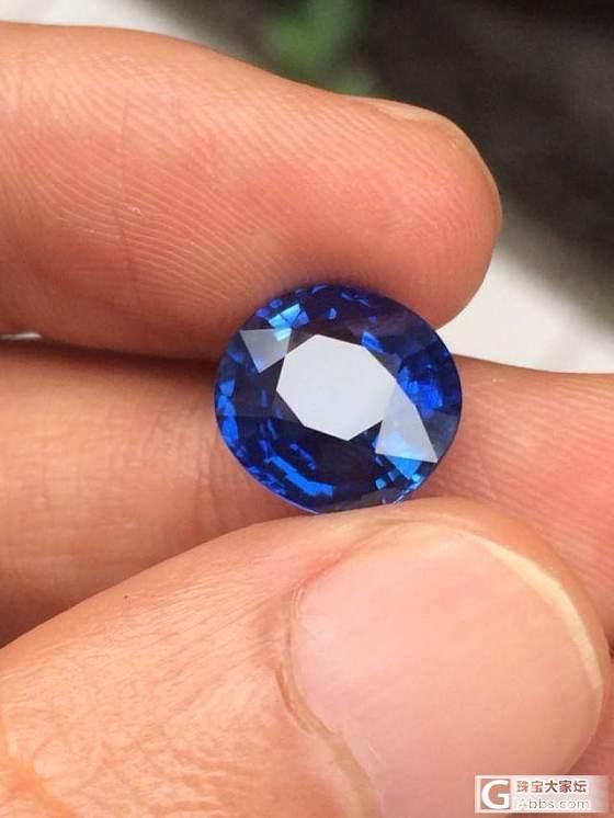 寻了很久才看到一个可以令人满意的蓝宝,大家鉴赏下……_蓝宝石刻面宝石