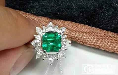【Mgems微信mikiqiu】1.44克拉vivigreen无油祖母绿哥伦比亚 戒指带证书_博物馆