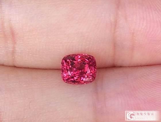 请大家帮忙看看这颗尖晶值得收吗?_尖晶石刻面宝石