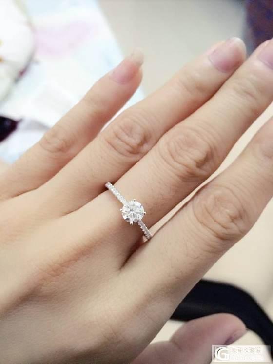 晒香港周大福订婚戒,买了之后才发现这么专业的论坛_钻石