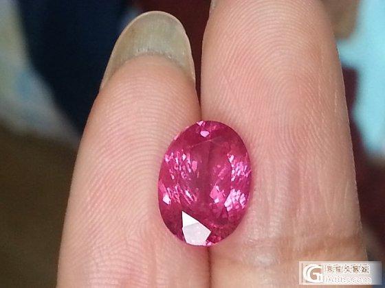 3.68卡尖晶,你究竟是樱桃红还是霓虹粉?_尖晶石刻面宝石