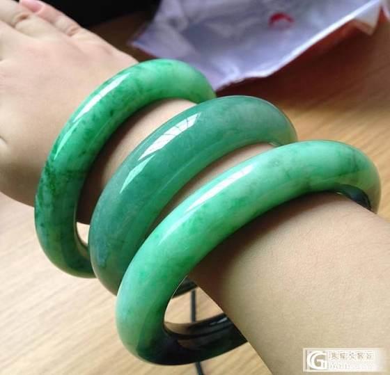 色腔们最爱,2只满绿镯子:圆条、正庄的都齐全了!!_翡翠